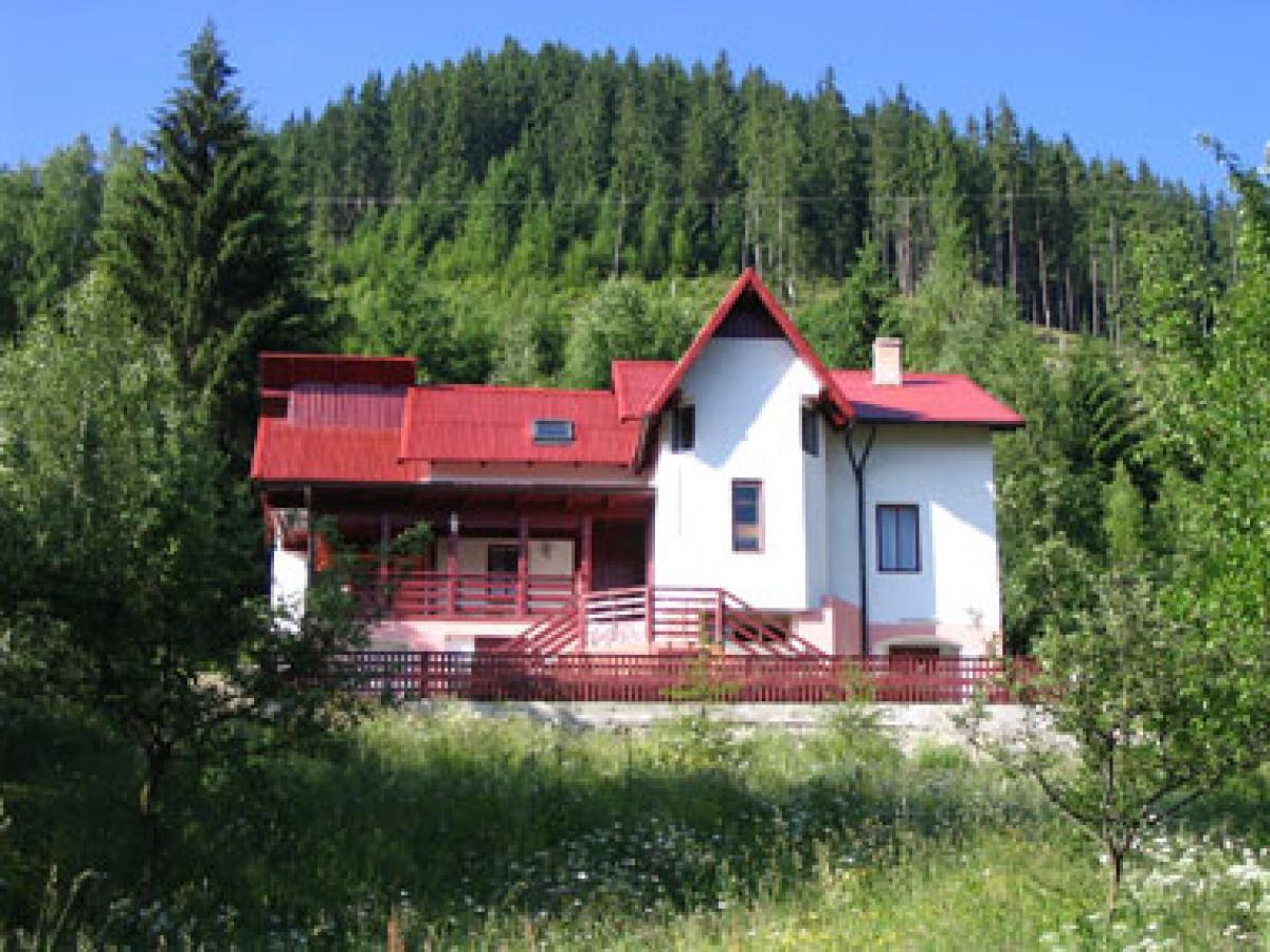 Pensiunea Casa din Deal Fundu Moldovei