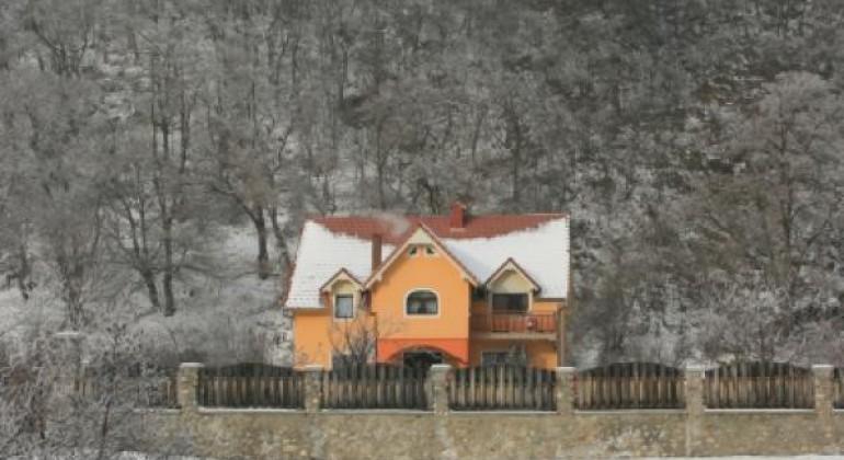 Pensiunea Casa Lucas Gura Raului