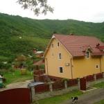 Pensiunea Casa Lucas Gura Raului small