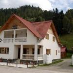 Hostel Irene Fundu Moldovei small