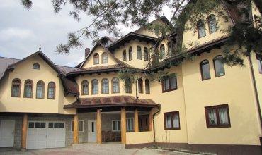 Casa Lucan Vama