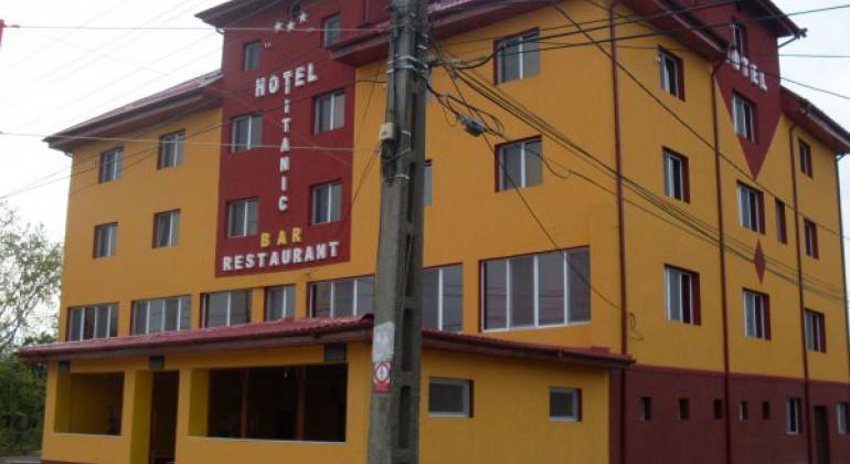 Hotel Titanic Ghiroda