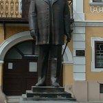 Statuia lui Bernady Gyorgy din Târgu Mureș